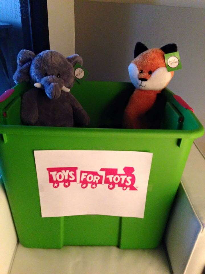 toys-for-tots-2014